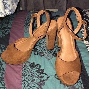 Dark Tan Chunky Heels